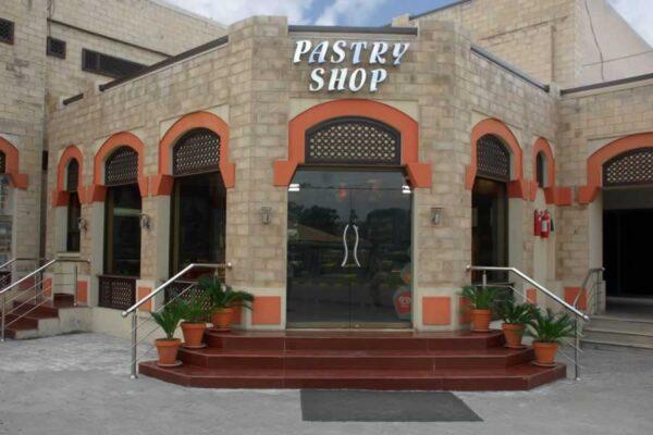Pastry Shop J Club